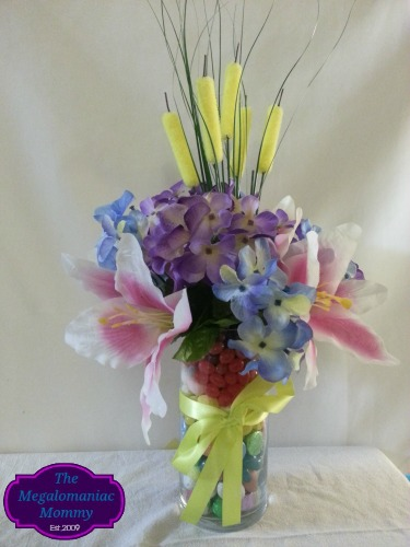 Easter Centerpiece Celebrate With HERSHEY'S #BunnyTrail