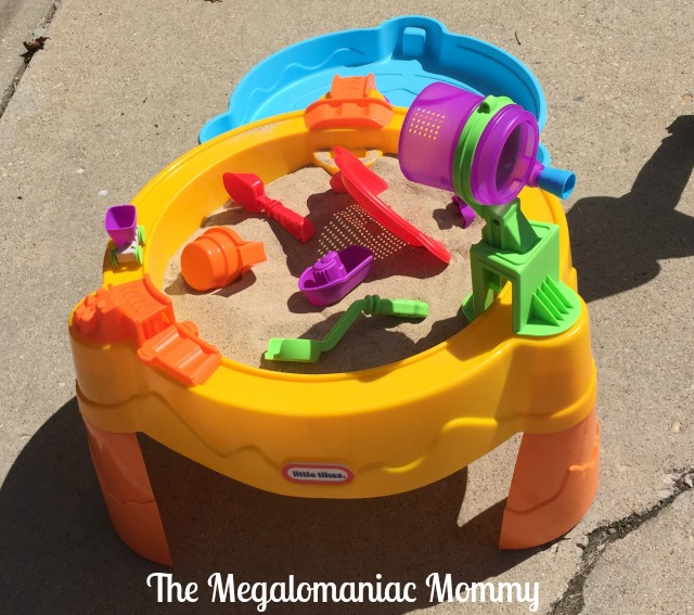 Little Tikes Little Tikes Treasure Hunt Sand & Water Table Ready to Play