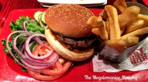 Dining Out with Allergies Made Easy at Red Robin