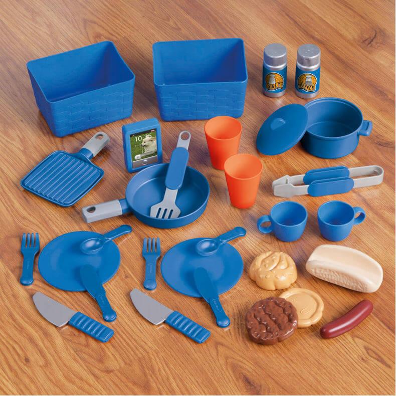 484247-ultimate-accessories-kitchen_xalt2